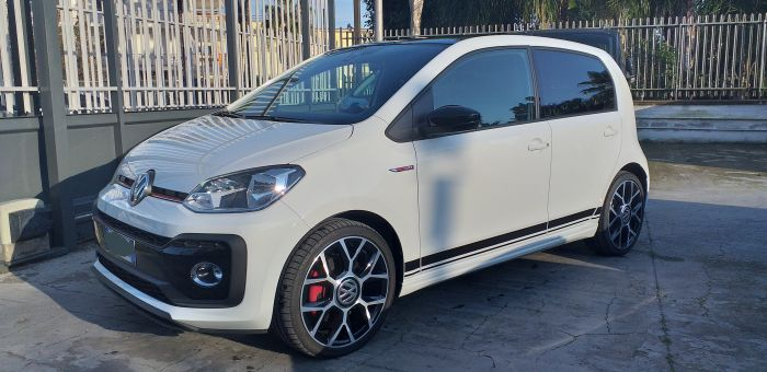 Volkswagen - up!